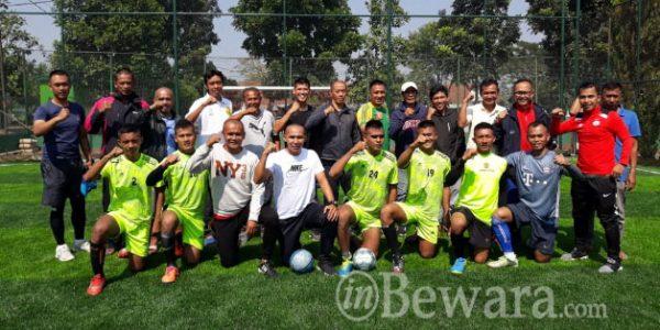 RinaldoZipur 9 Langlangbuana Tahan Mantan Persib di Pertandingan Futsal.